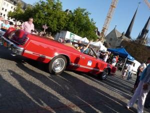 Gigantic American car - Lincoln Continental