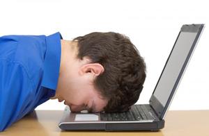 head-on-laptop_300